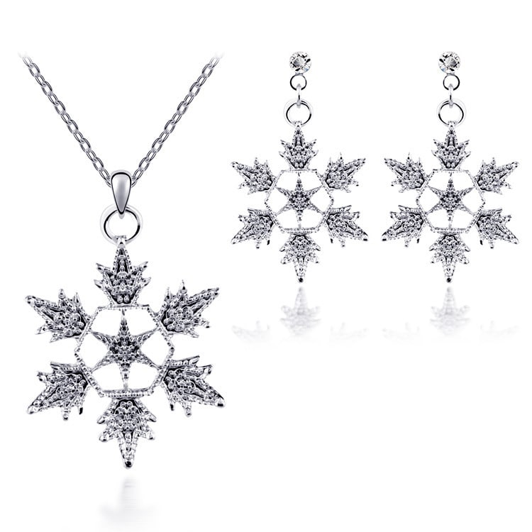 Exquisite bridal christmas snowflake necklace