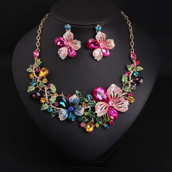 crystal drill short clavicle Necklace
