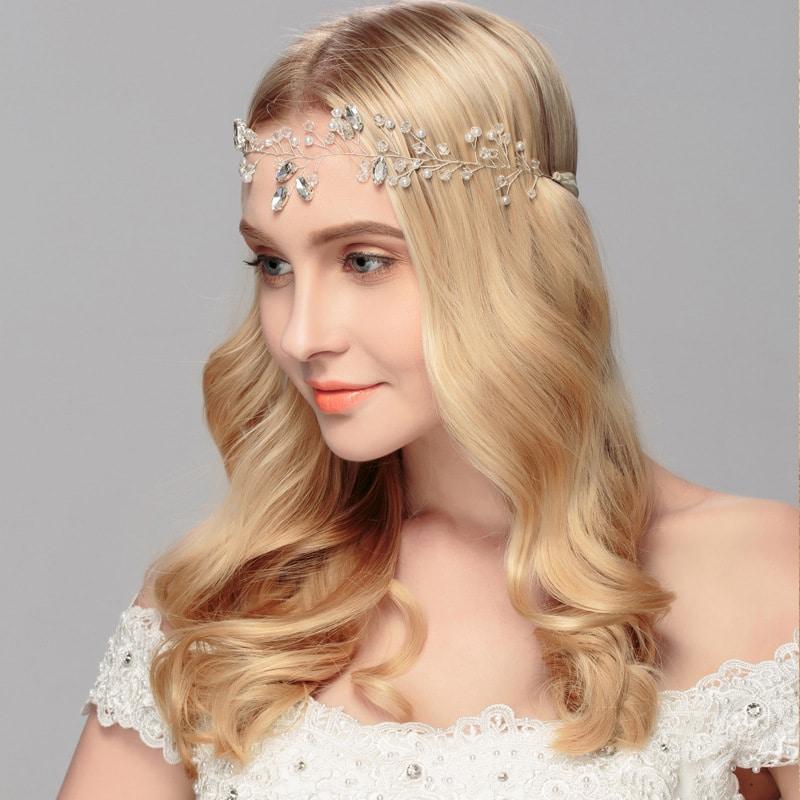New bride's head ornaments