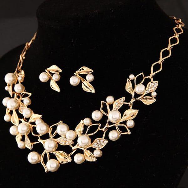 Four-Leaf Clover Necklace Jewelry
