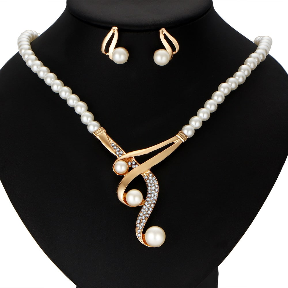 cross border pearl clavicle necklace