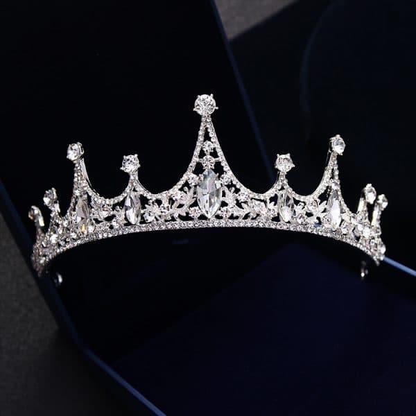 QUEEN CROWN diamond crown