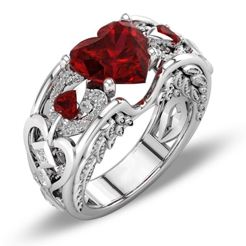 Princess ring heart-shaped
