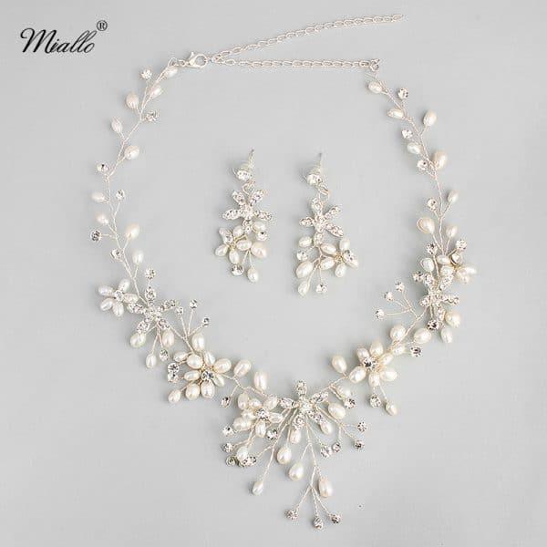 The new bride wedding jewelry
