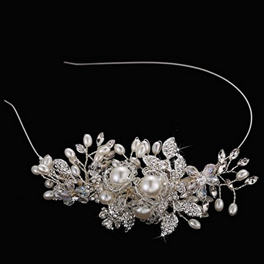 The bride wedding headdress