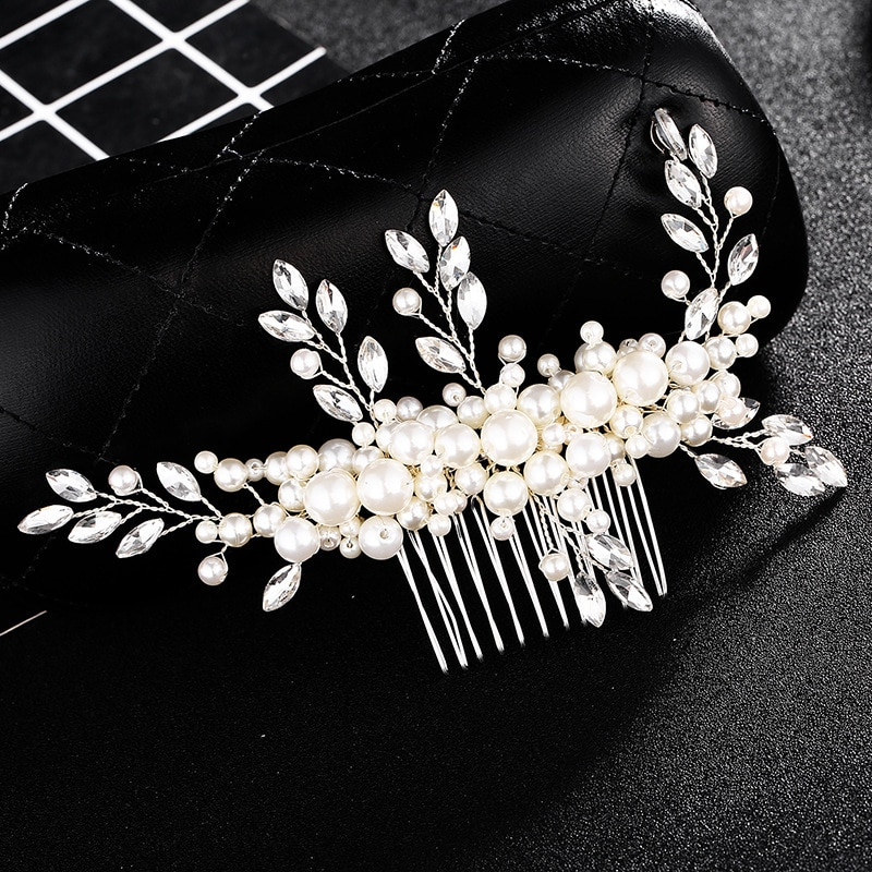 Wedding headdress comb